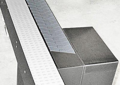 Flush-grid belt conveyors